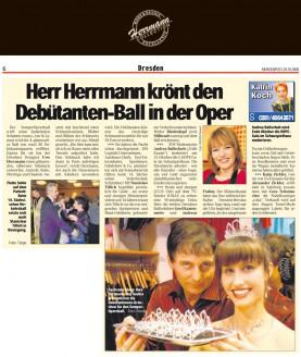 Eigens für sie hat der Dresdner Designer Uwe Herrmann einen glänzenden, silbernen Schmuck angefertigt - Hochzeitsmode Dresden - Uwe Herrmann