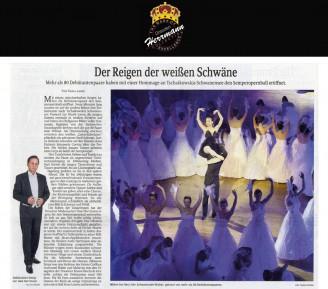 Die Roben der Tänzerinnen hat der Dresdner Modemacher Uwe Herrmann eigens für den Semperopernball entworfen - Hochzeitsmode Dresden - Uwe Herrmann